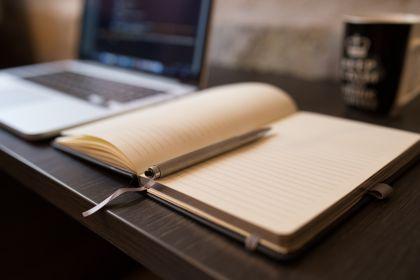 Schreiben by negative space