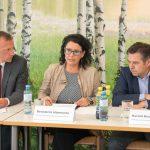 Pressekonferenz-Soziale-Unternehmen-Vorarlberg-2017-Redner.jpg