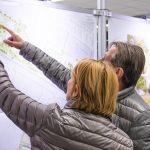 i+R Nachnutzung Siemens-Areal Konstanz: Ausstellung 1  Konstanzer Bürgerinnen und Bürger konnten sich bei der von i+R organisierten Wettbewerbspräsentation am 6.12.2018 über die Nachnutzung des ehemaligen Siemens-Areals informieren.  Copyright: Chris Danneffel. Abdruck honorarfrei zur Berichterstattung über die i+R Gruppe. Angabe des Bildnachweises ist Voraussetzung.