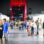 Impression Art Bodensee 2018  Die ART BODENSEE begeistert jährlich zahlreiche Besucherinnen und Besucher aus dem In- und Ausland.  Copyright: Udo Mittelberger. Abdruck honorarfrei zur Berichterstattung über die Art Bodensee. Angabe des Bildnachweises ist Voraussetzung.