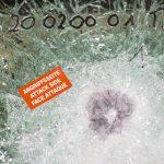 i+R-Fensterbau-Sicherheitsfenster-BR6NS-Test-Angriffseite  Die Vorarlberger i+R Fensterbau hat ein durchschusshemmendes Fenster der Klasse BR6 NS / FB6 aus Holz-Alu entwickelt.  Copyright: i+R Fensterbau/Petra Rainer. Abdruck honorarfrei zur Berichterstattung über i+R Fensterbau GmbH. Angabe des Bildnachweises ist Voraussetzung.