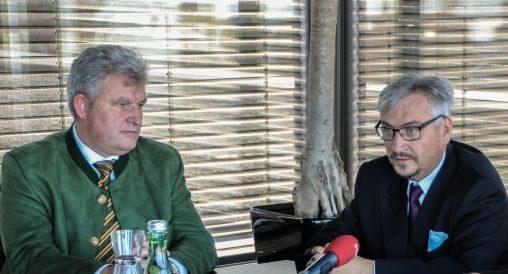 Unternehmer Hans Metzler (links) und Musikmanager Drazen Domjanić
