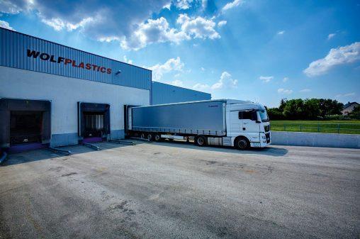 ALPLA plant Übernahme von Wolf Plastics // ALPLA plans to acquire Wolf Plastics